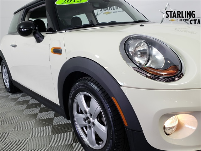 Pre-Owned 2015 MINI Cooper