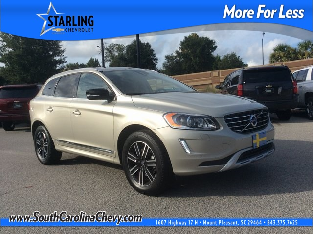 Pre-Owned 2017 Volvo XC60 T5 Dynamic AWD